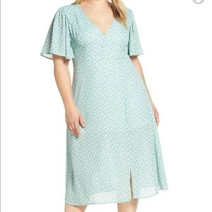 Nordstrom Plus size (4X) Floral dress below knee